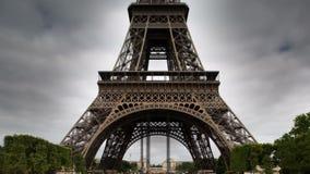 Torre Eiffel almacen de metraje de vídeo