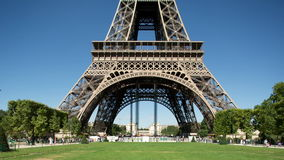Torre Eiffel metrajes