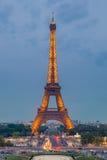 Torre Eiffel al crepuscolo Fotografia Stock Libera da Diritti