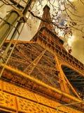Torre Eiffel con el estilo anaranjado París, Francia fotografía de archivo libre de regalías
