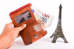 Torre Eiffel con los billetes de banco de los euros Fotos de archivo libres de regalías