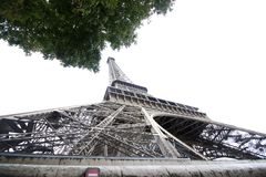 Torre Eiffel da sotto, Parigi fotografia stock