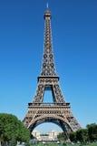 Torre Eiffel de Day Imágenes de archivo libres de regalías