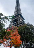 Torre Eiffel in de Herfst van Parijs Royalty-vrije Stock Fotografie