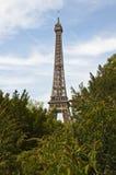 Torre Eiffel de la primera hora de la tarde Fotos de archivo libres de regalías