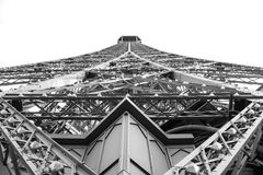 Torre Eiffel dentro Fotos de Stock Royalty Free