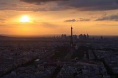 Torre Eiffel di Parigi alla vista di tramonto da Montparnasse Fotografia Stock Libera da Diritti