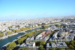 Torre Eiffel di vista di Parigi la Senna fotografia stock libera da diritti