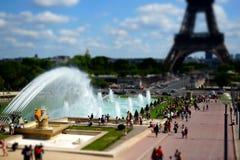 Torre Eiffel diminuta Paris de Trocadero Foto de Stock Royalty Free