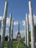Torre Eiffel e le colonne Fotografia Stock Libera da Diritti