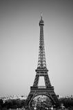 Torre Eiffel en blanco y negro Imágenes de archivo libres de regalías