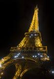 Torre Eiffel en la noche, París, Francia, Europa Fotos de archivo libres de regalías