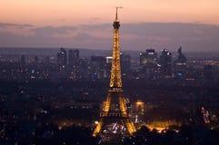 Torre Eiffel en la puesta del sol Imagen de archivo