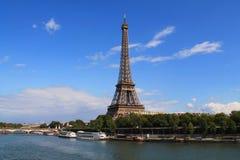 Torre Eiffel en París, Francia Fotografía de archivo