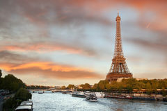 Torre Eiffel en Par?s, Francia imagen de archivo libre de regalías