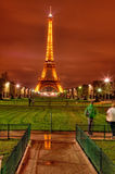 Torre Eiffel entro Night Fotografia Stock