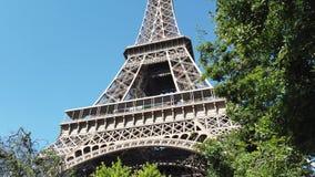 Torre Eiffel famosa en Par?s almacen de video