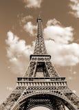 Torre Eiffel igualmente c com efeito tonificado do sepia imagem de stock