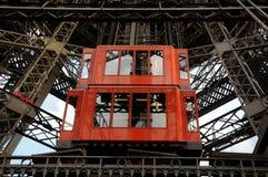 Torre Eiffel - levante la tecnología Fotos de archivo