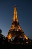 Torre Eiffel na noite, Paris Foto de Stock