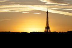 Torre Eiffel no nascer do sol Fotografia de Stock Royalty Free
