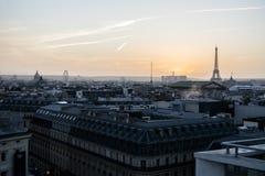 Torre Eiffel no por do sol Imagens de Stock