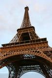Torre Eiffel no por do sol. Imagens de Stock