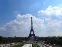 Torre Eiffel París, Francia La señal histórica famosa en el Sena Romántico, turístico, símbolo de la grandeza de fotos de archivo