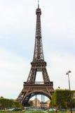 Torre Eiffel, simbolo di Parigi. Fotografia Stock Libera da Diritti