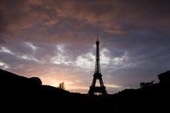 A torre Eiffel surpreendente Fotos de Stock Royalty Free