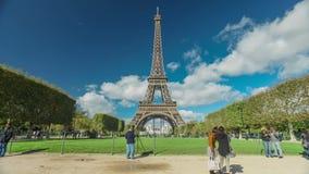 Torre Eiffel Timelapse almacen de video