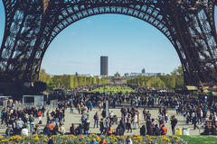 Torre Eiffel - tiro di viaggio delle passeggiate della città di Parigi Francia Fotografia Stock
