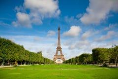 A torre Eiffel. Verão Imagem de Stock