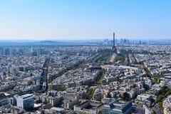 Torre Eiffel vista de plataforma de observación de la torre de Montparnasse foto de archivo libre de regalías