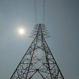 Torre elétrica de alta tensão imagem de stock royalty free