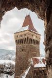 Torre en el castillo de Corvin, Rumania Imagenes de archivo