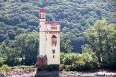 Torre en el valle medio del Rin Foto de archivo libre de regalías