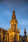 Torre en Grand Place, Bruselas, Bélgica Imagenes de archivo