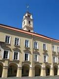 Torre en la universidad de Vilnius Imágenes de archivo libres de regalías
