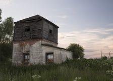 A torre escura imagem de stock