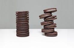 Torre estacada de las galletas de Oreo Foto de archivo
