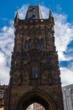 A torre gótico do pó na cidade velha Praga Foto de Stock Royalty Free