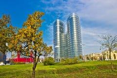 Torre gemela moderna en la ciudad de Zagreb Foto de archivo libre de regalías