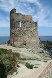 Torre Genoese de Erbalunga en el casquillo Corse Fotos de archivo
