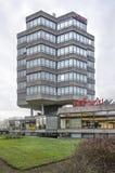 Torre hexagonal de la oficina fotos de archivo
