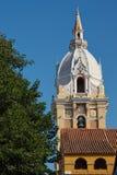 Torre histórica da catedral em Cartagena imagem de stock