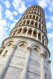 Torre inclinada foto de archivo
