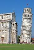 Torre inclinada de Pisa en Italia Foto de archivo