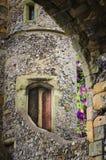 Torre inglese tradizionale del castello di favola immagini stock libere da diritti