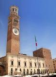 Torre Lamberti na cidade Verona, Italy imagem de stock